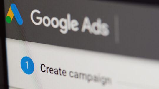 Los anunciantes de Google Ads ahora pueden capturar clientes potenciales de YouTube