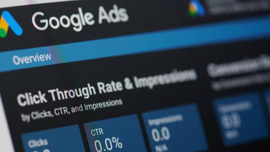 Google Ads eliminará gradualmente la concordancia amplia modificada