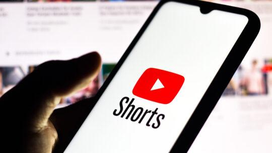 YouTube cuenta las visualizaciones de cortometrajes como videos normales