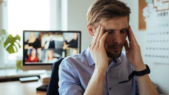 Un estudio revela 4 efectos negativos de demasiadas videoconferencias