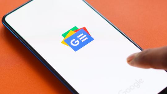 Google Noticias Envío de usuarios directamente a los sitios web de los editores.